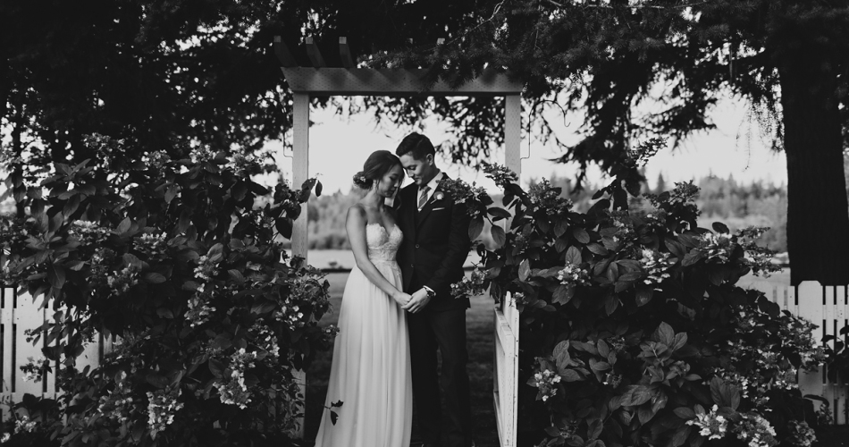 Washington Wedding Photographers // Adrie+Daniel at the Kelley Farm