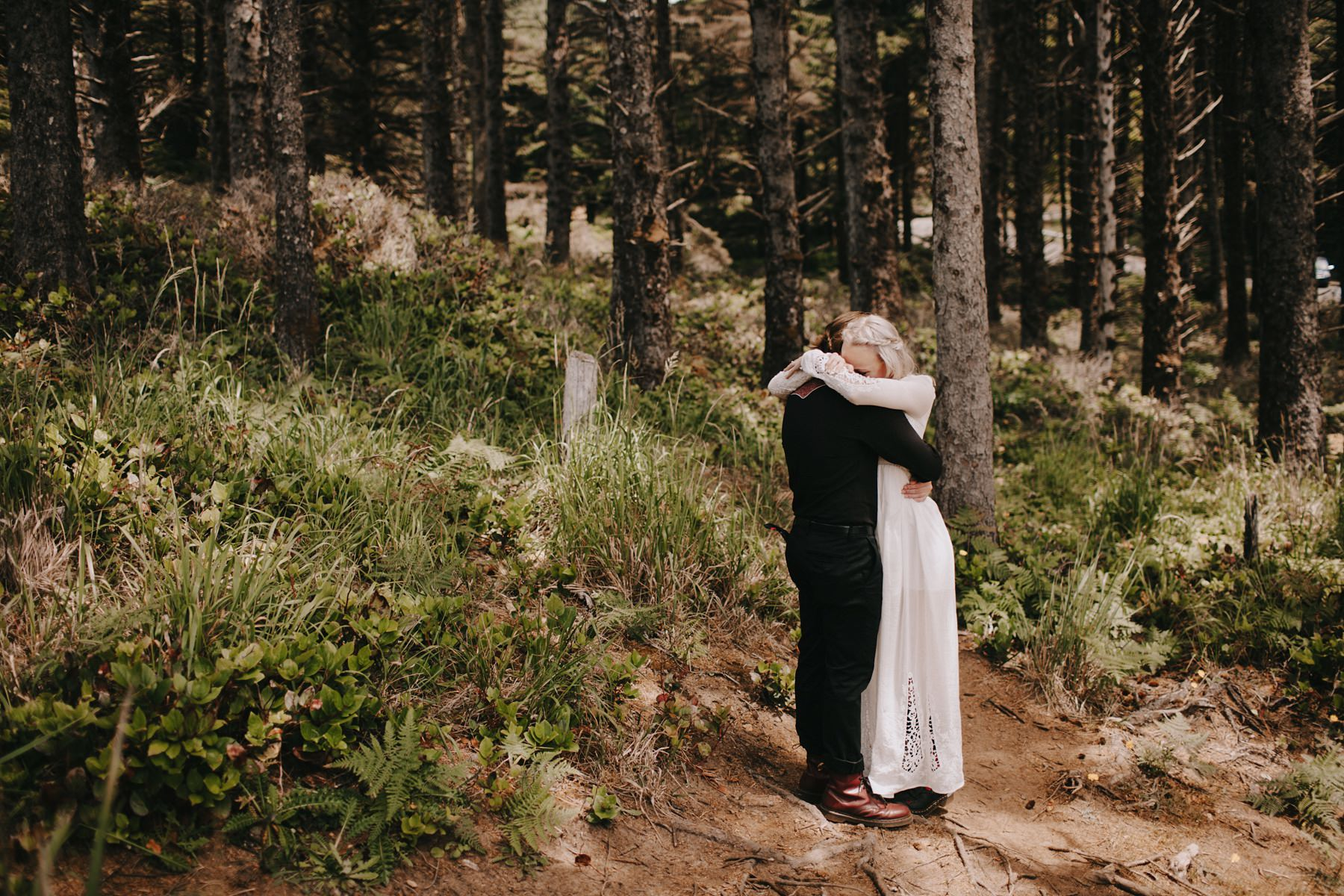 Coast Elopement First Look