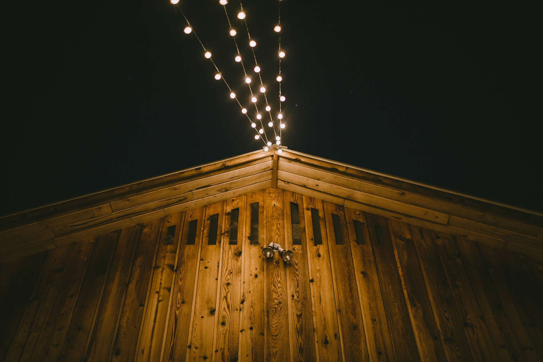 Rustic Outdoor Wedding-1-2