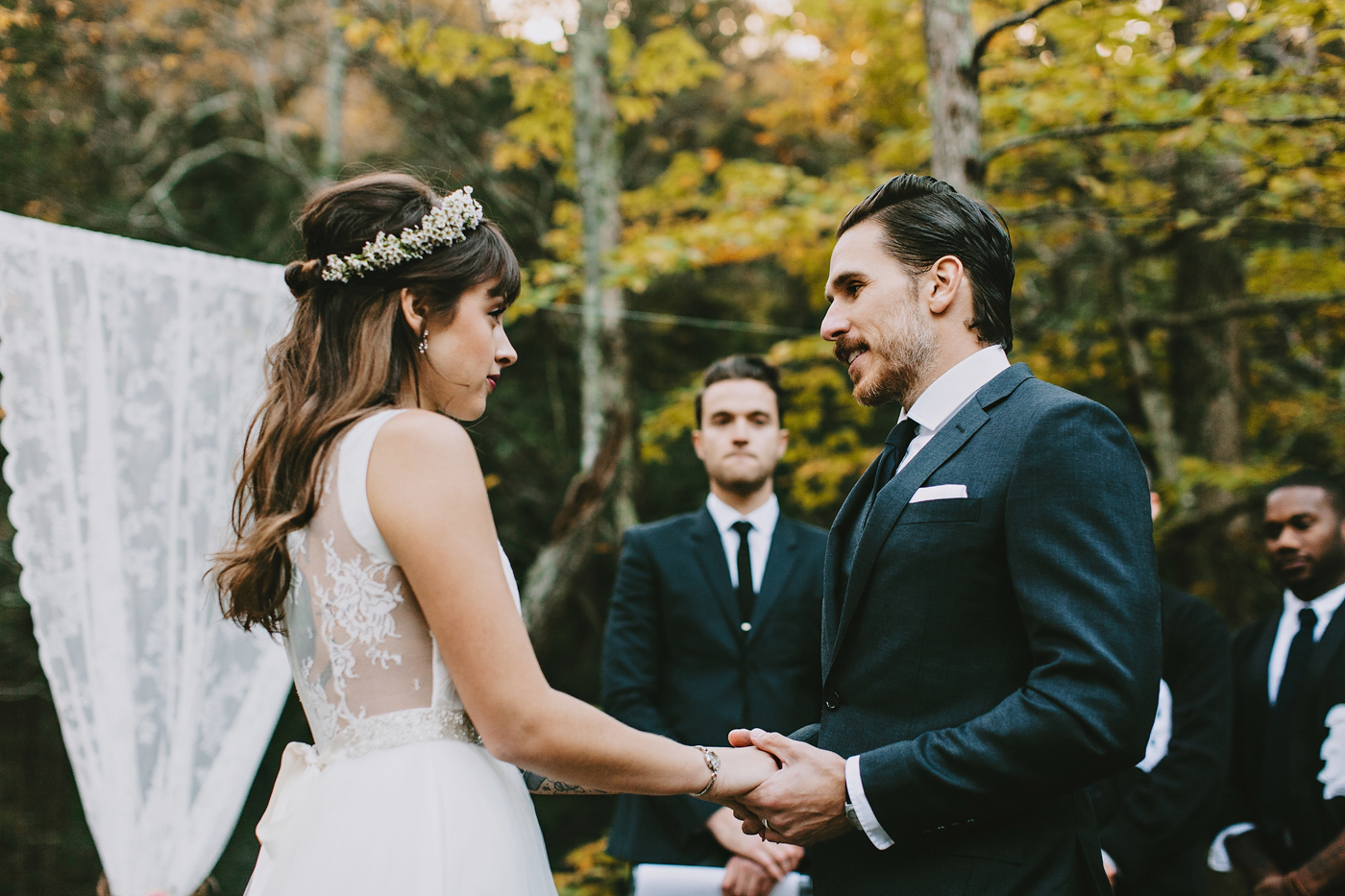 autumn new york wedding ceremony
