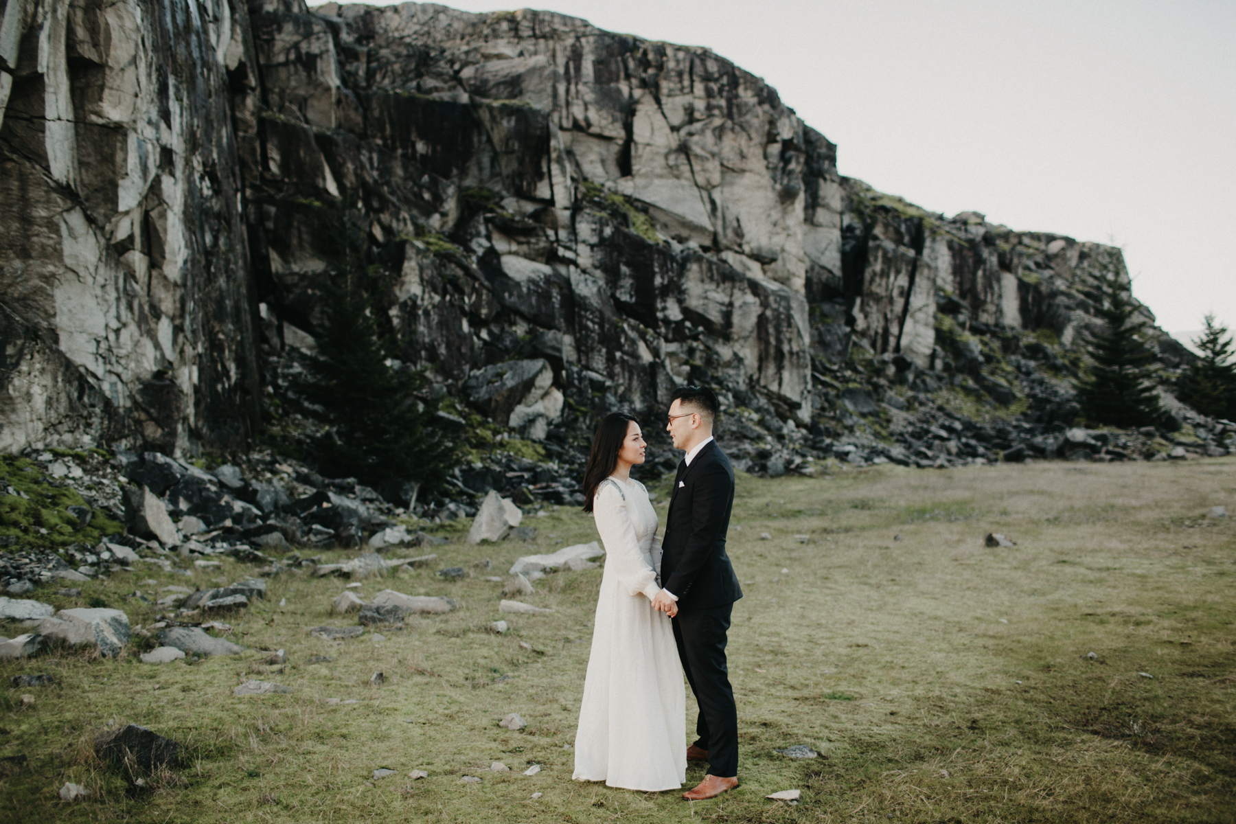 Oregon Elopement Photos