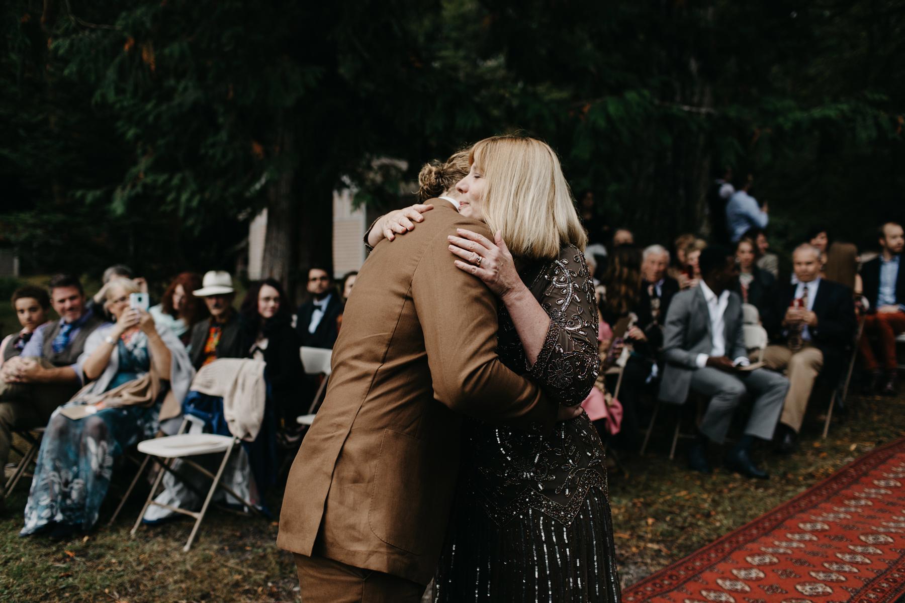 lake crescent wedding